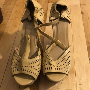 Tan wedges sandals